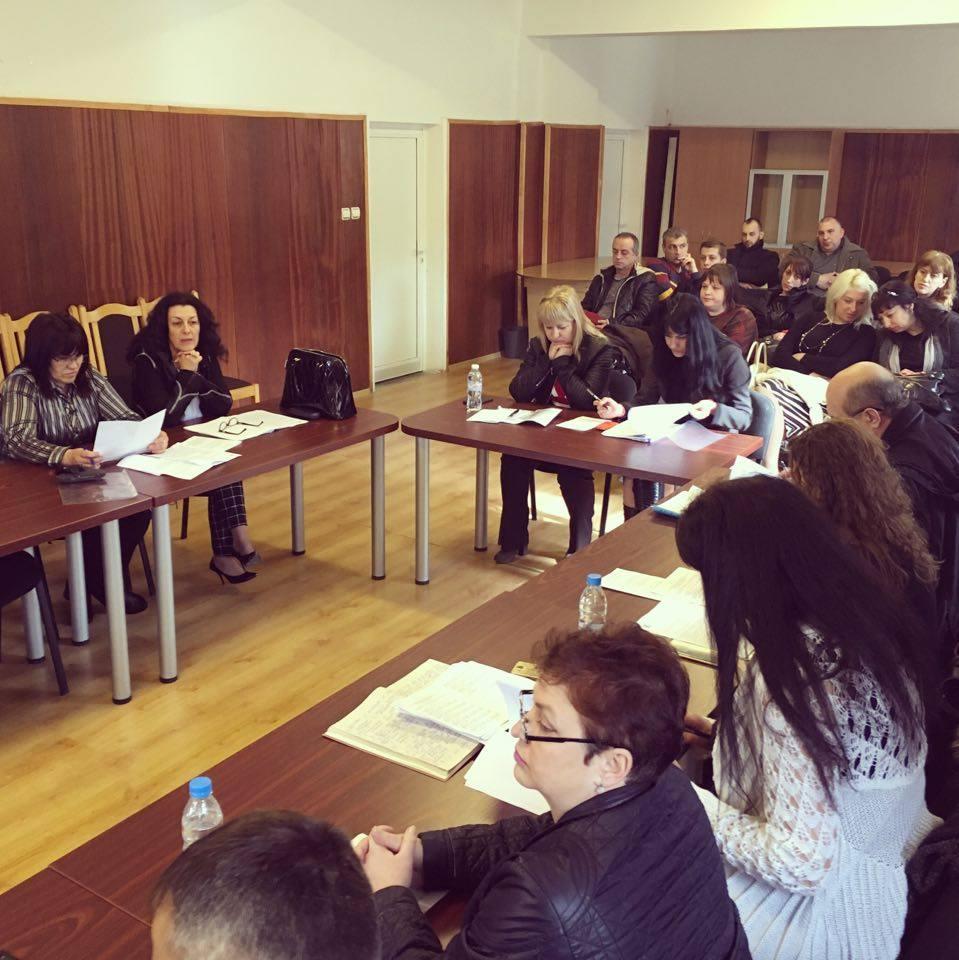 Велин Иванов хвърли оставка, в стола му сяда Мария Владимирова
