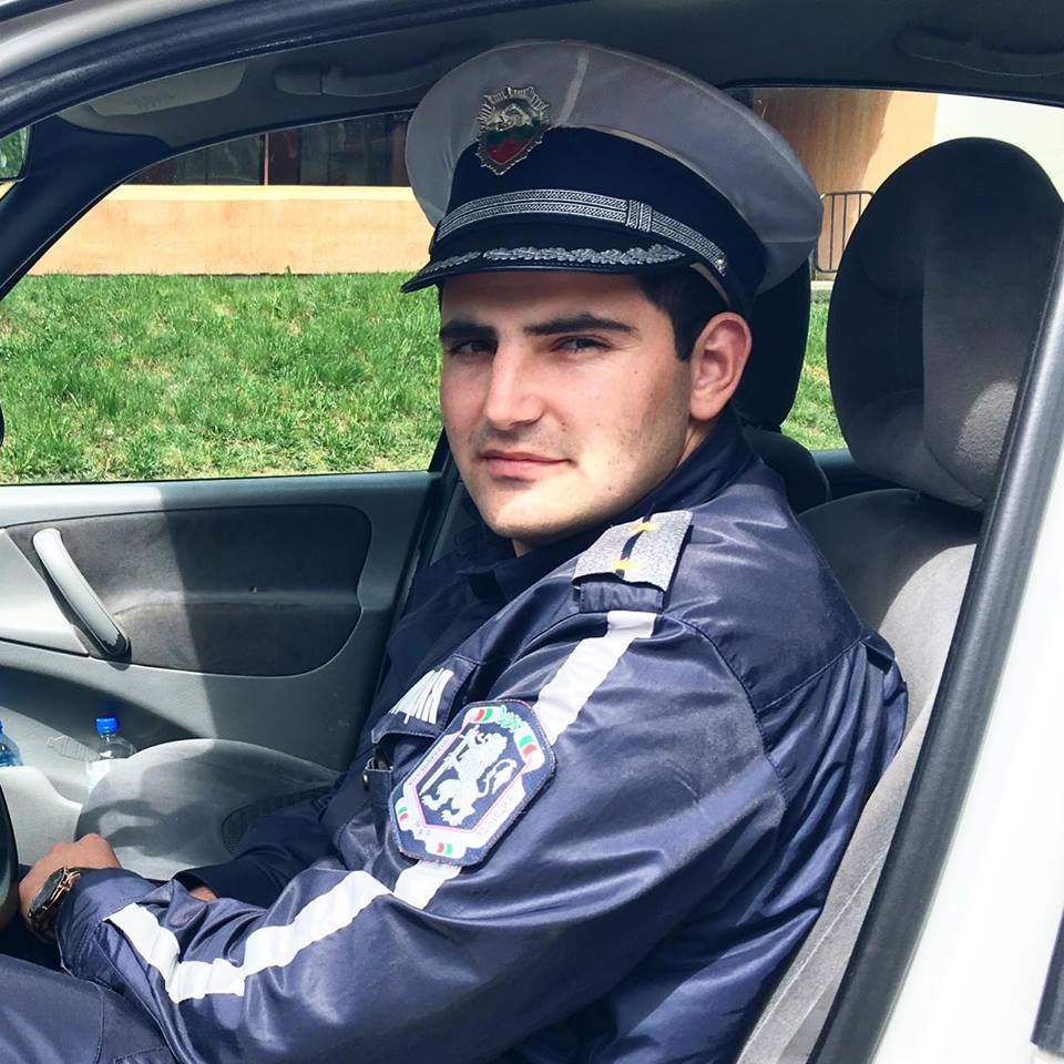 """Инсп. Александър Ценков – началник """"Пътна полиция"""" В РУ-Годеч:  Превенцията на престъпността е  по – важна от санкциите"""