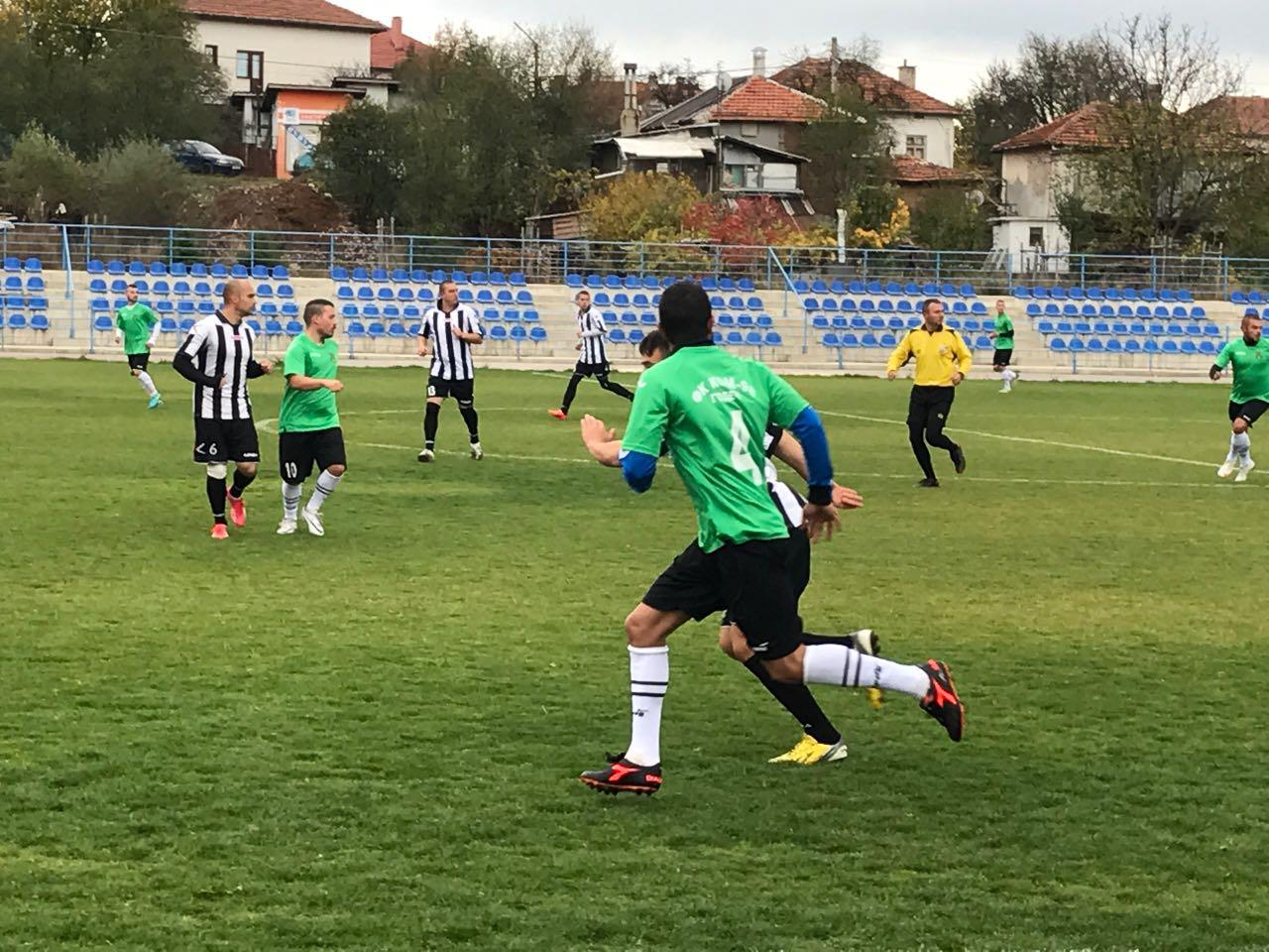 """Поредни футболни успехи за """"КОМ – 98"""""""